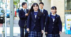 目黒日本大学高校の制服画像