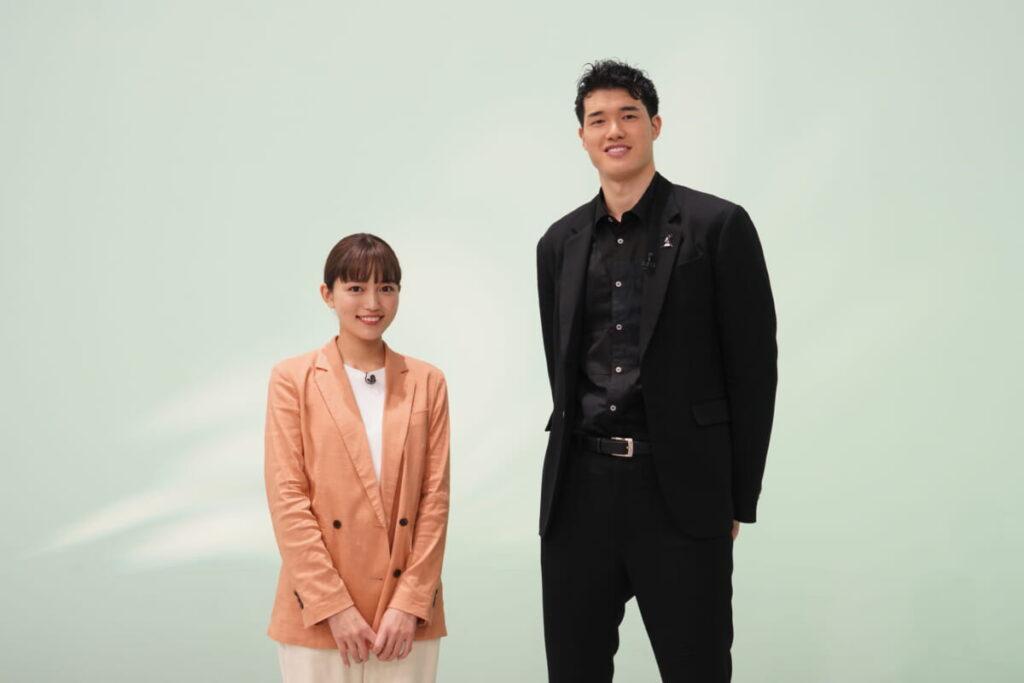 渡邊雄太と川口春奈の画像